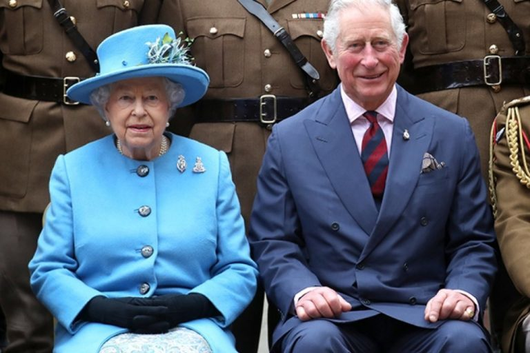Получил корону, но не ту: у принца Чарльза обнаружили COVID-19