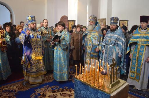 В храмах Кривого Рога проводят богослужения, несмотря на карантин