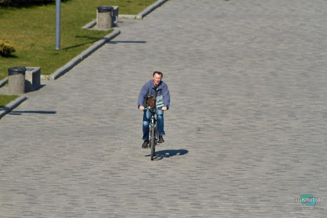Велосипедисты наслаждаются