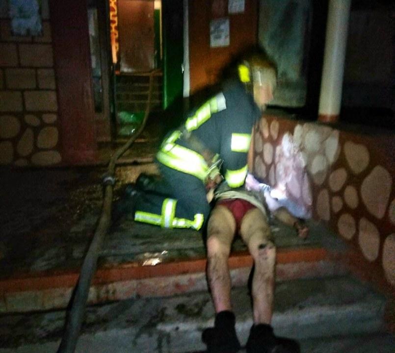 Под Днепром пожарные спасли мужчину, который отравился угарным газом