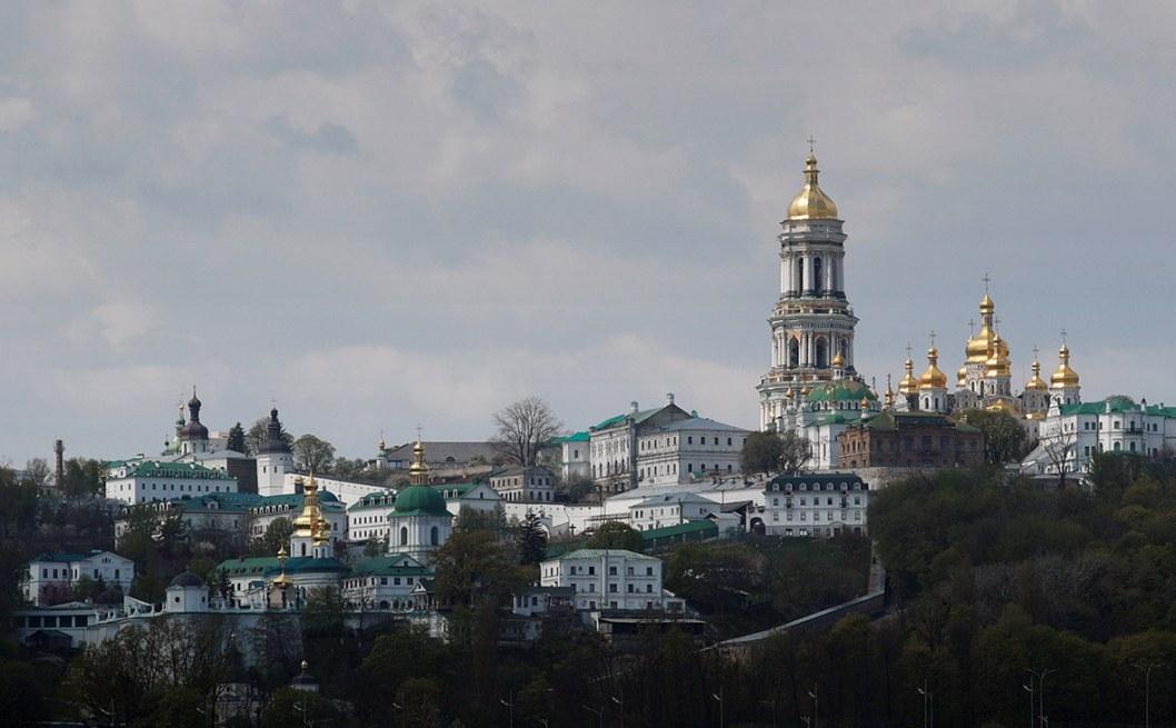 В Киево-Печерской лавре все священники заразились COVID-19