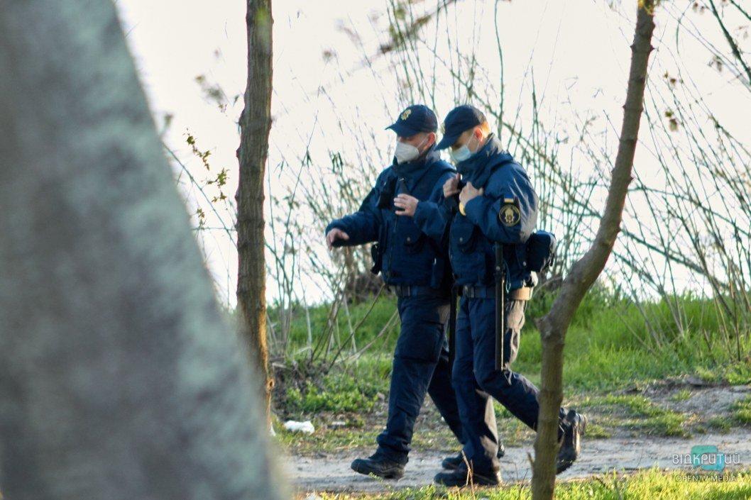 Правоохранители следят за порядком