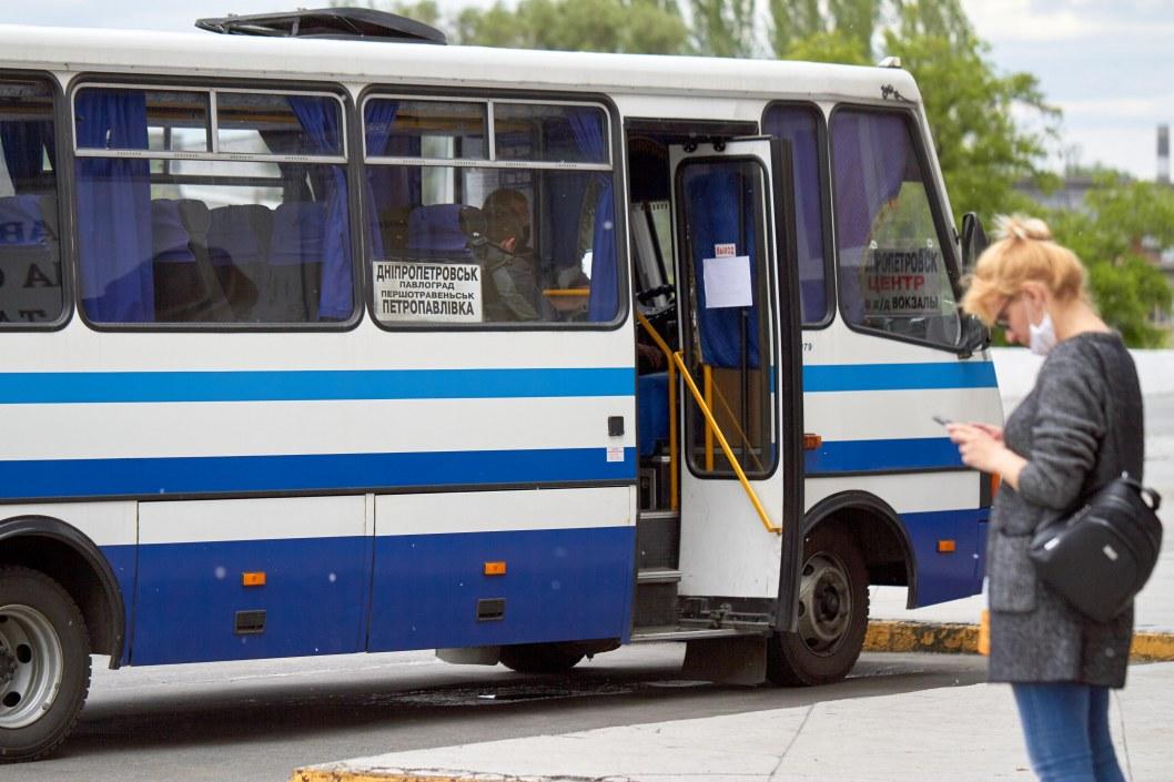 Из Днепра снова ходят маршрутки в Каменское и Никополь: что нужно знать пассажирам
