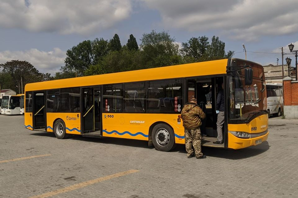 В Днепре на популярный маршрут запустят большие автобусы