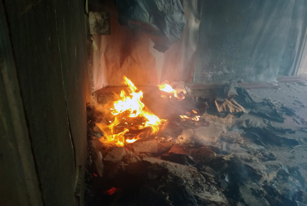 Под Днепром горел частный дом: пожар уничтожил всё домашнее имущество