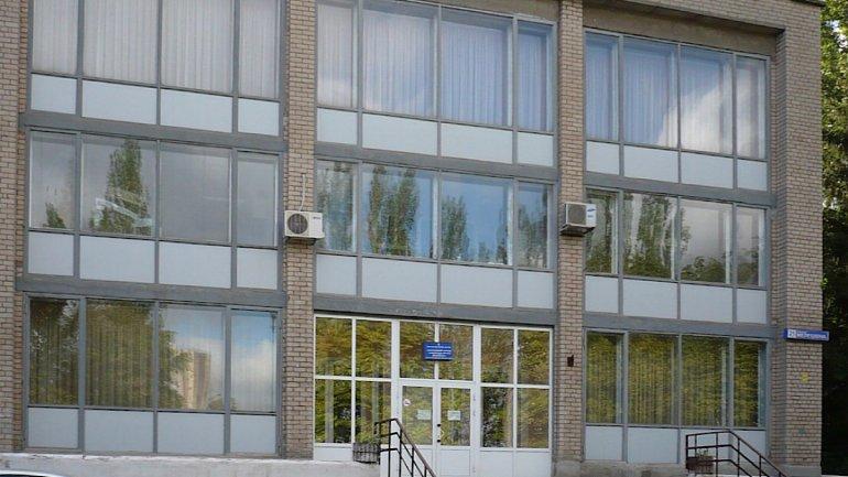В Кривом Роге главврача отстранили от работы за выписку 15 больных с COVID-19