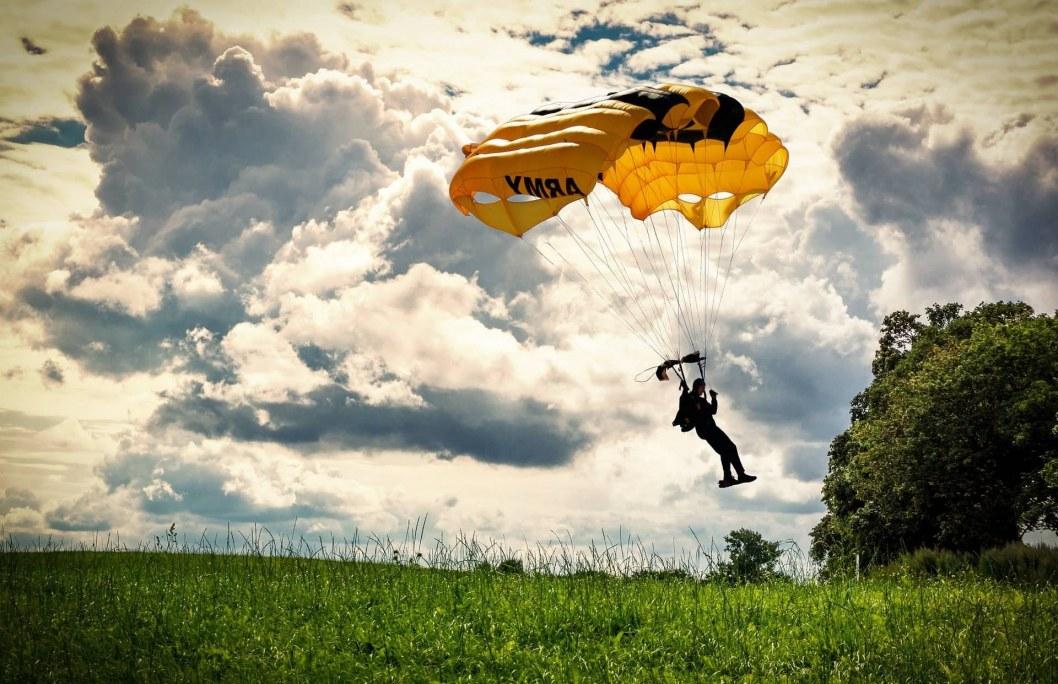 """Самостоятельный прыжок на парашюте """"крыло"""""""