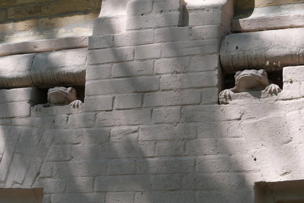 Как и зачем в центре Днепра обследуют исторические памятники (ФОТО)