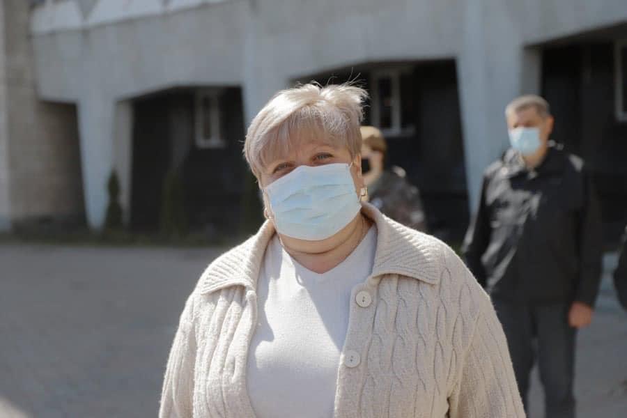 На помощь: из Днепра в Черновцы отправились пятеро медиков-добровольцев для борьбы с COVID-2019 (ФОТО)