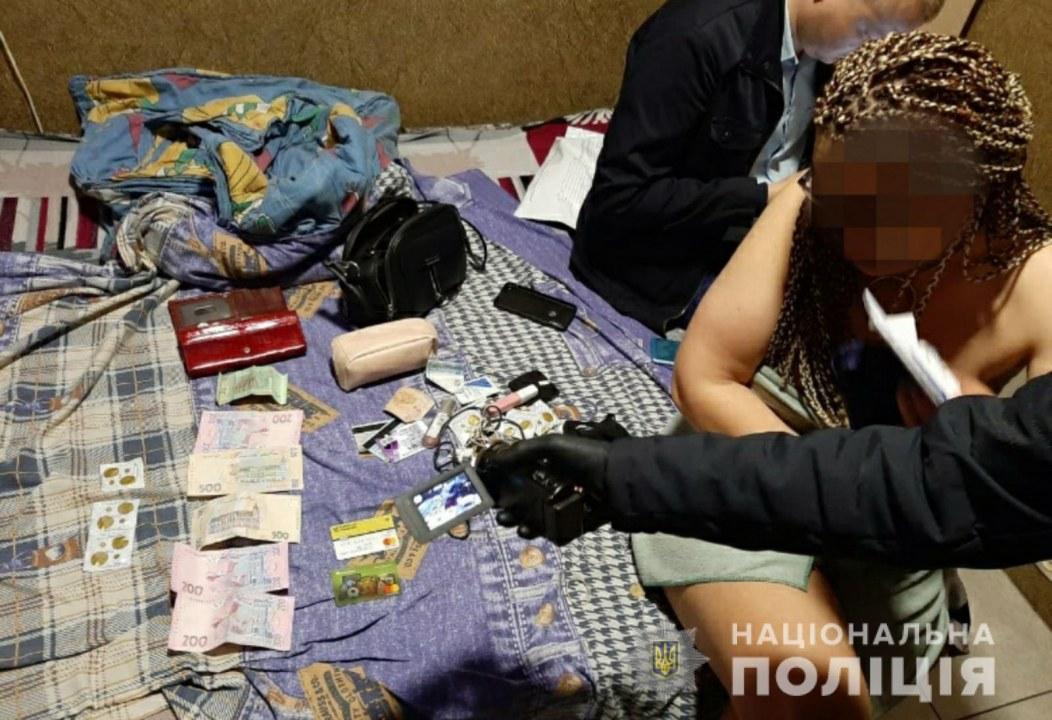 Вербовали молодых девушек: в Днепре полиция накрыла 3 борделя