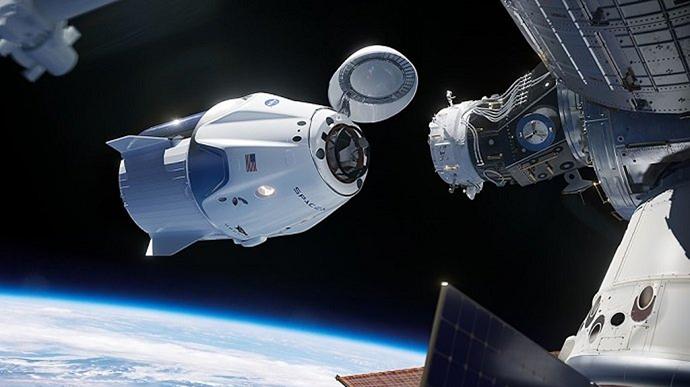 Космос зовёт: Илон Маск вместе с NASA запускает корабль на МКС