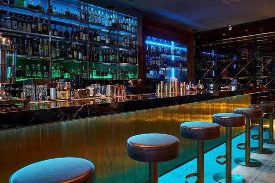 elissa bar restaurant 1