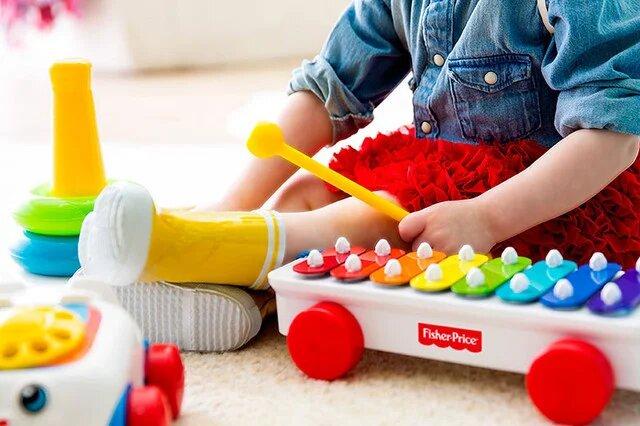 Национальный колорит: 70% родителей покупают детские игрушки на украинском языке