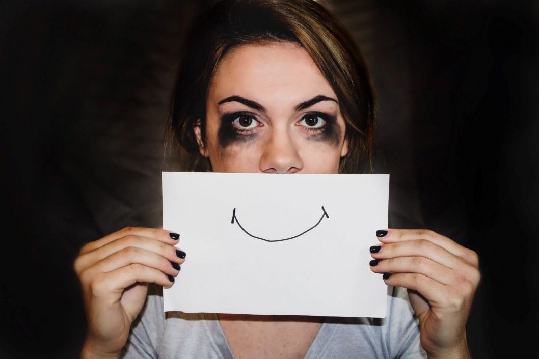 Домашнє насильство: як протидіяти та куди звертатися. Поради від спеціалістів з Дніпра