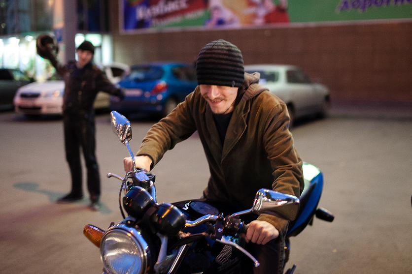 Не сдержался: парень в Днепре украл скутер, потому что с детства мечтал о нем (ФОТО)