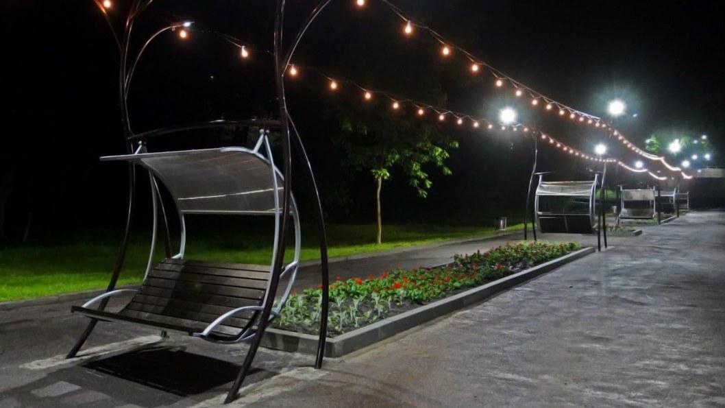 В парке Зеленый Гай появилась новая аллея влюбленных (ФОТО, ВИДЕО)
