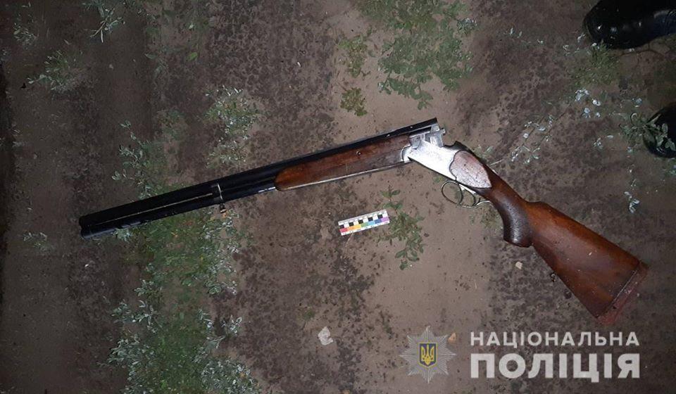Под Днепром мужчина ранил подростка из охотничьего ружья