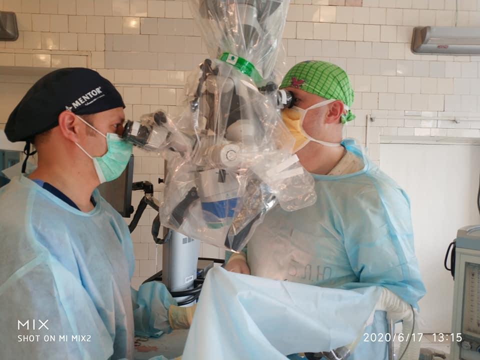 В Днепре провели уникальную операцию подростку