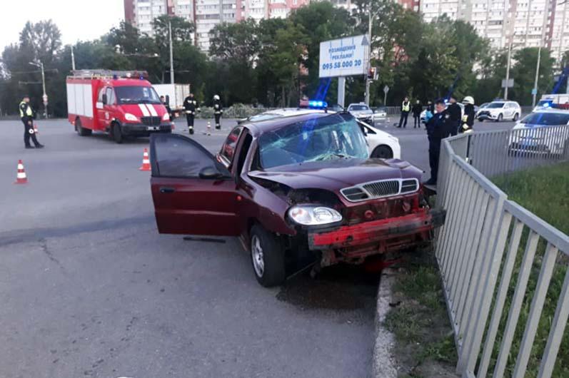 Пострадали 4 человека: в Днепре произошла автомобильная авария (ФОТО)