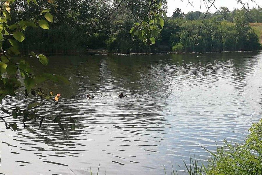 В Днепре на Фрунзенском канале утонул мужчина