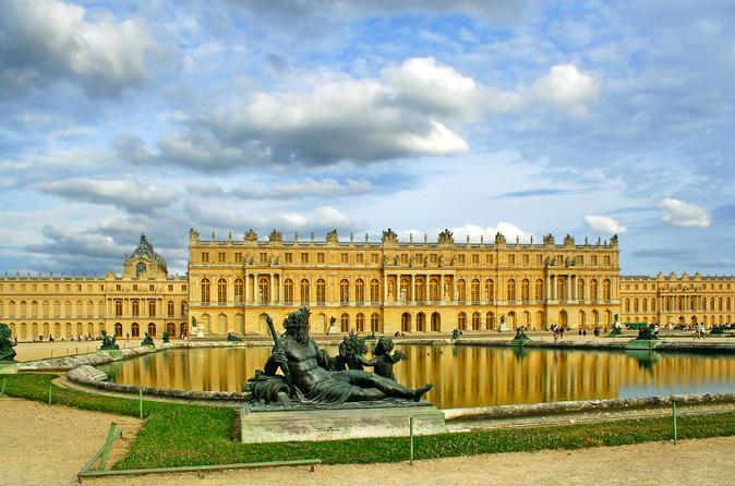 Наши в Париже: министр культуры Ткаченко встретился с президентом Версаля
