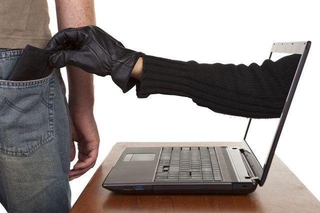 Вешали на людей кредиты: СБУ поймала банду мошенников из Кривого Рога