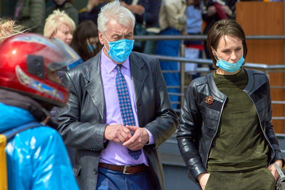 Актуальная статистика МОЗ: за сутки в Украине обнаружено 328 заболевших коронавирусом