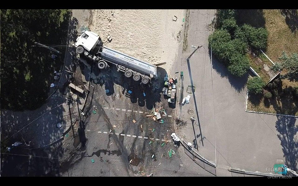 Смертельная авария, ребёнок под поездом и новый антирекорд: ТОП-5 главных новостей этой недели в Днепре