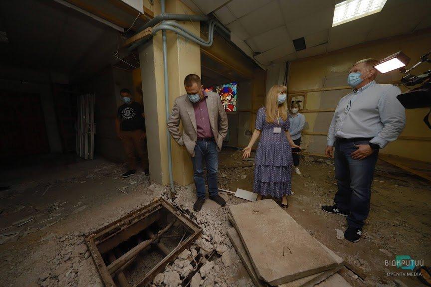 В Днепре ремонтируют амбулаторию в Индустриальном районе (ВИДЕО)