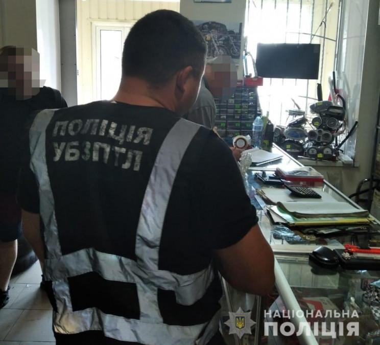 В Павлограде полиция задержала мужчин, которые снимали порно со своим участием