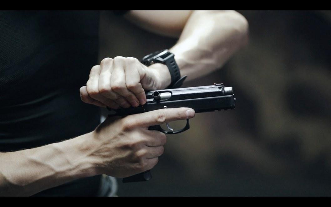 В Новомосковске психбольной мужчина расстрелял парня (ВИДЕО)
