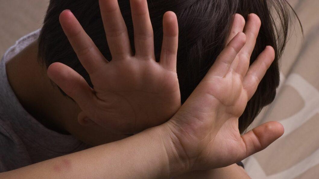 На Днепропетровщине 9-классник изнасиловал беспомощного ребенка