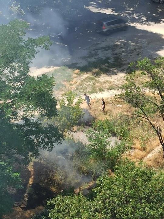 Юные спасатели: в Днепре дети самостоятельно потушили пожар