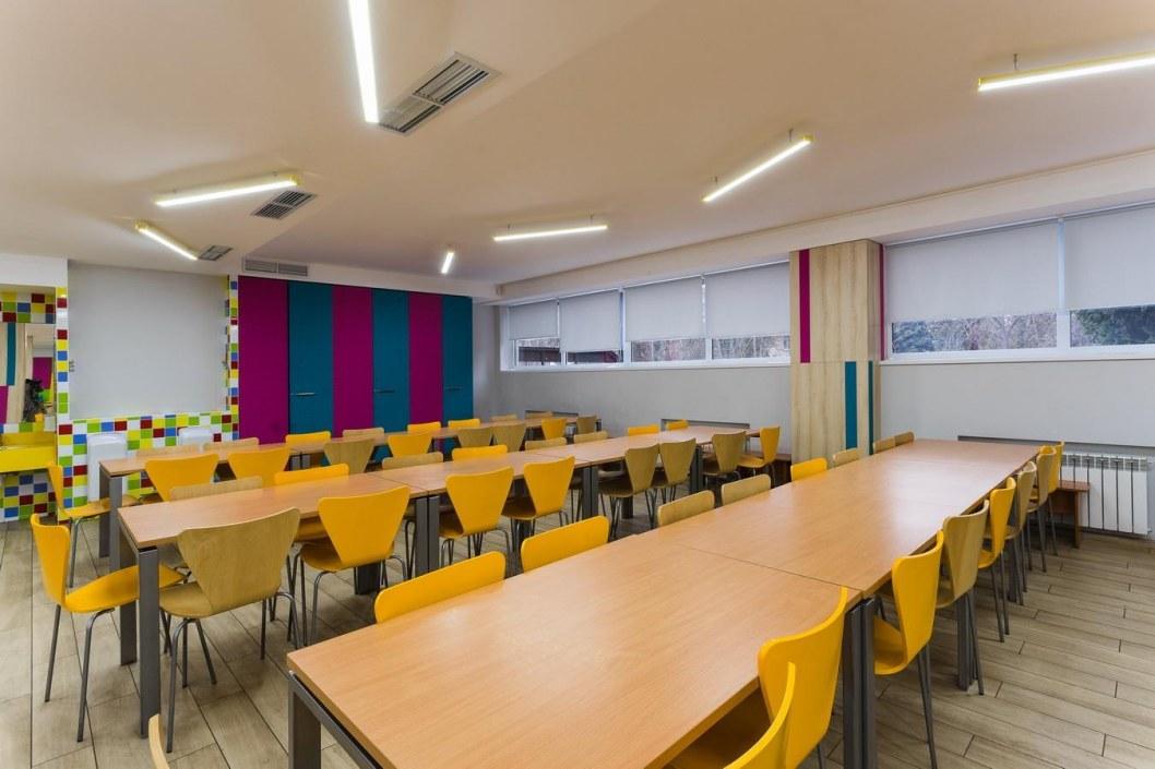 В днепровских школах ремонтируют столовые и санузлы (ФОТО)