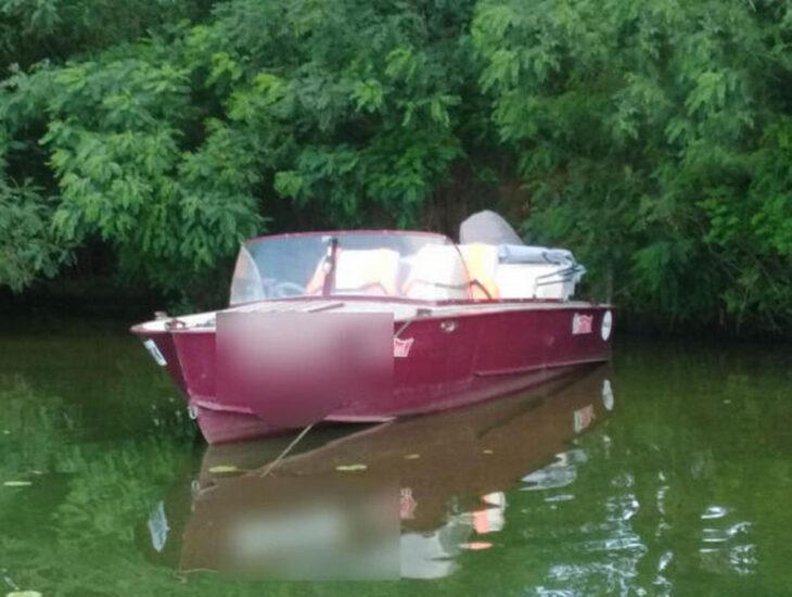 В Днепре нетрезвый мужчина устроил гонки на моторной лодке