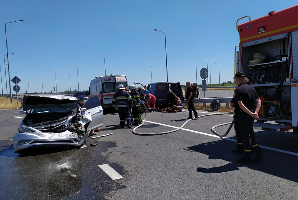 На Днепропетровщине 5 человек пострадали в ДТП (ФОТО, ВИДЕО)