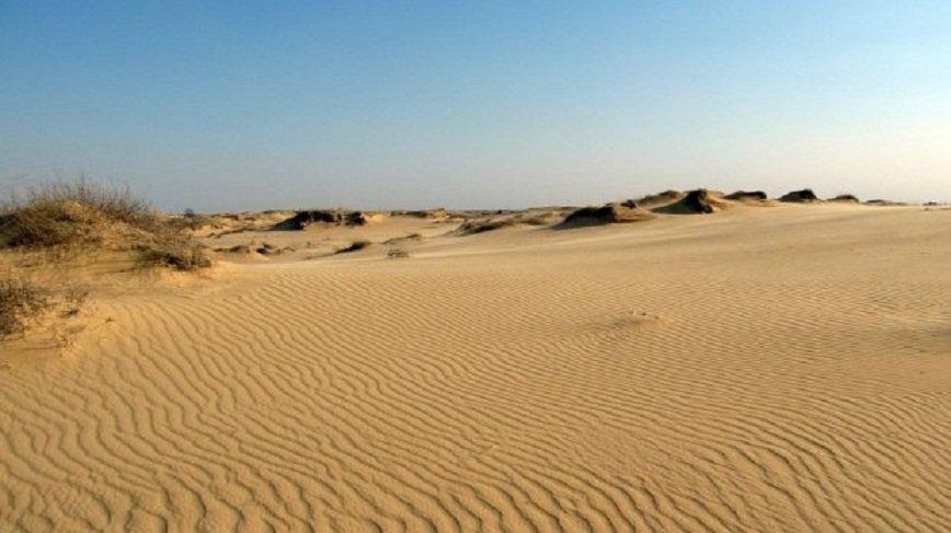Пустыня, замок и лавра: ТОП-10 необычных мест вблизи Днепропетровской области