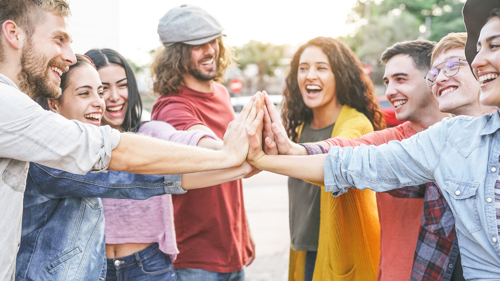 Как молодежь Каменского участвует в оплачиваемых общественных работах