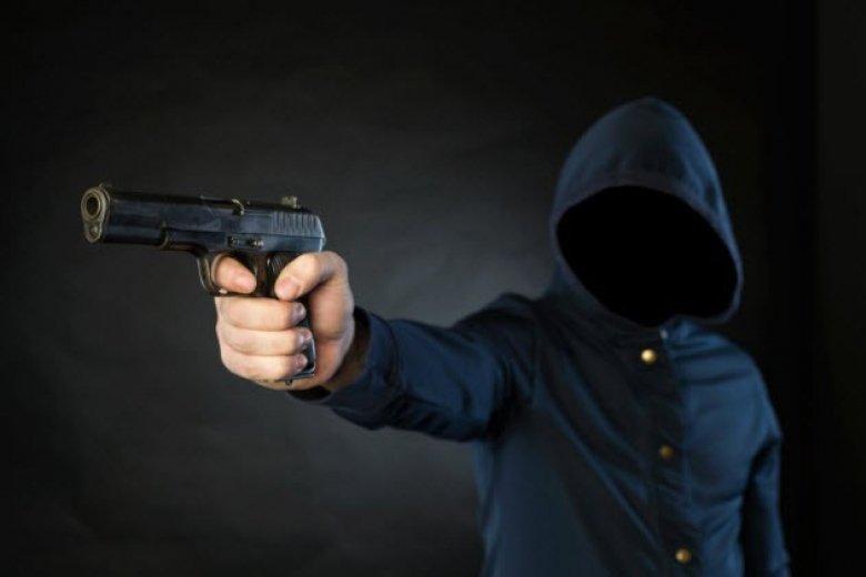 В Черкассах депутат, бандит и полицейский наняли киллера для убийства заммэра и лидера политпартии