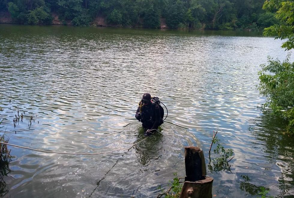 Под Днепром в водоеме утонул мужчина