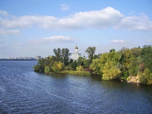 Чисті річки: чи можна купатися в Дніпрі
