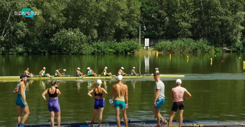 На пути в Европу: в Днепре стартовал чемпионат Украины по академической гребле