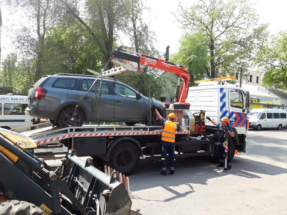 В Днепре сняли социальные ролики о нарушении правил парковки