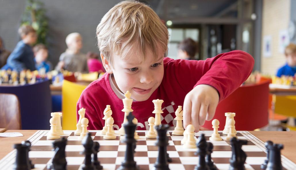 В Днепре прошел квест для юных шахматистов