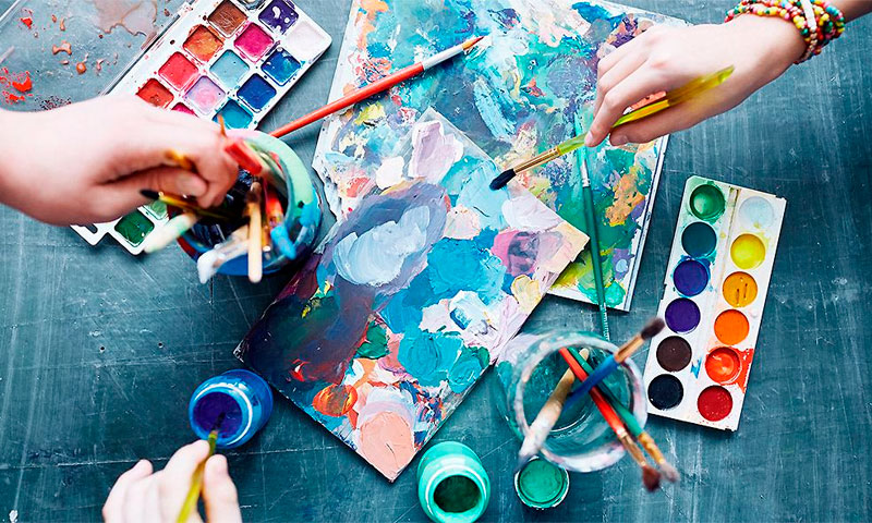 1588576996 art therapy