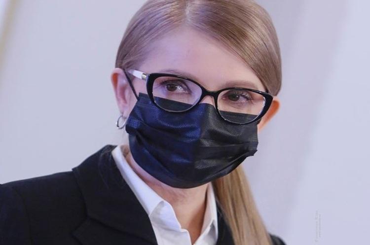 Состояние ухудшилось: Юлию Тимошенко подключили к аппарату ИВЛ