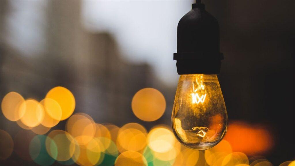 В субботу жители 5 районов Днепра останутся без электроэнергии