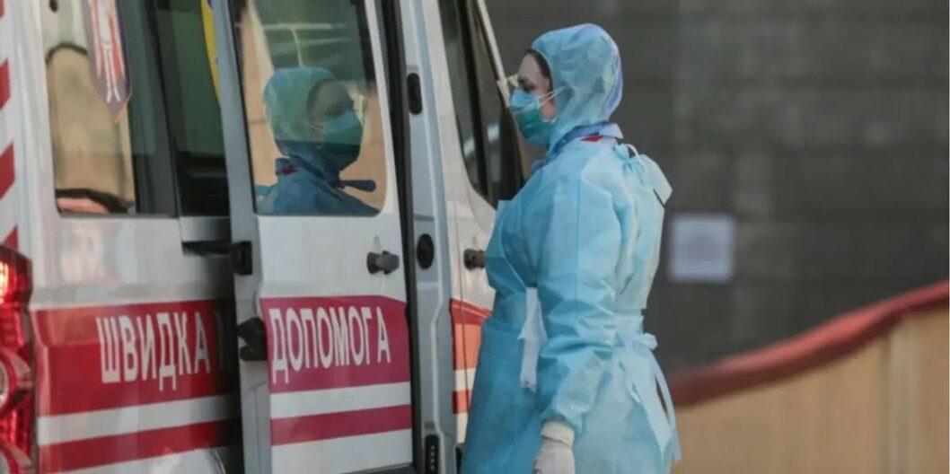 Неделя антирекордов: в Украине зафиксировали почти 2 тысяч заболевших коронавирусом за сутки