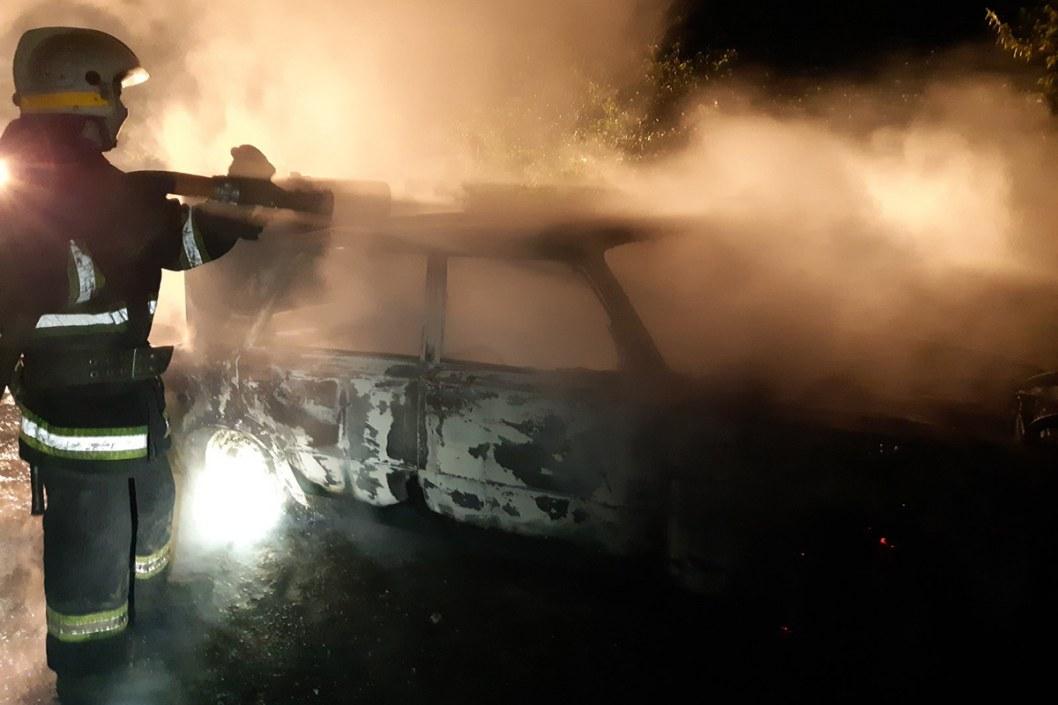 Возле селе Михайловка горел автомобиль