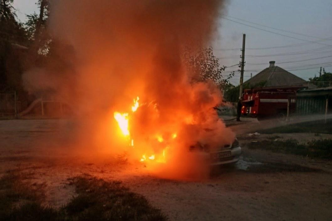В Днепре горели автомобили